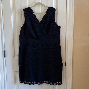 Loft Plus mini black lace (fully lined)